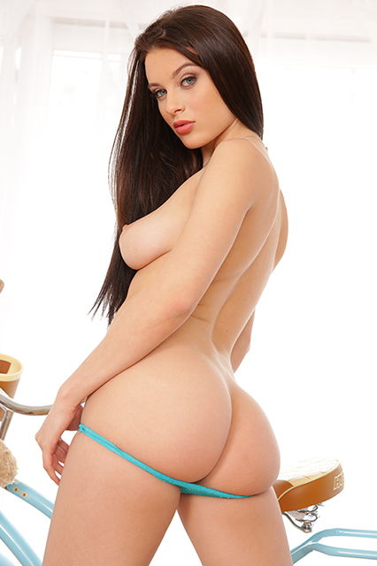 lana rhoades, big naturals, big natural breasts, big tits, porn, big butt, pawg, blue eyes, brunette, 2 cute 4 porn